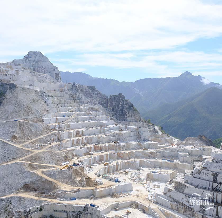 Le cave di marmo di Carrara si trovano a pochi chilometri dai nostri appartamenti a Marina di Massa